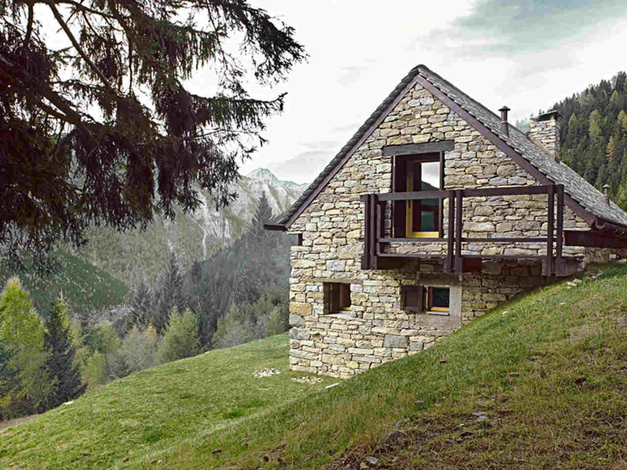 Doğanın içinde yazlık ev modelleri arasında sıralanan taş ev