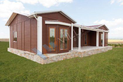 modern prefabrik evler için iyi bir örnek oluşturan ahşap görünümlü ev