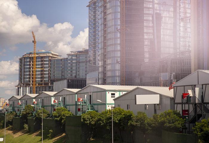 Finans merkezi inşaatında prefabrik yapılar